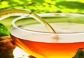 کاهش خطر سکته مغزی با مصرف چای سبز یا قهوه