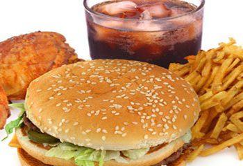 ارتباط مصرف غذاهای رستورانی و چاقی