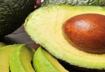 مصرف آووکادو می تواند به کاهش کلسترول نوع بد کمک کند