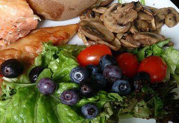 تنوع برنامه غذایی خود را حفظ کنید
