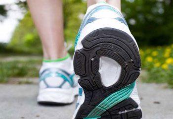 پیاده روی های کوتاه می تواند خطر دیابت نوع 2 را در سالمندان کاهش دهد.