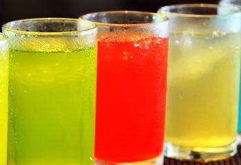 نوشیدنی انرژی زا می تواند سلامت قلب را در بزرگسالان جوان به خطر بیندازد.