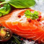 رژیم غذایی مدیترانه ای به اندازه رژیم کم چرب برای کاهش وزن مفید است.