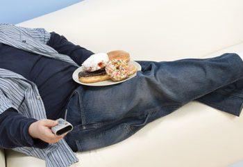 اضافه وزن نوجوانان عمدتاً بخاطر آنست که کالری کمتری می سوزانند.