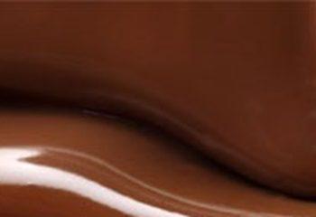 مصرف منظم شکلات ممکن است خطر نامنظمی ریتم قلب را بکاهد.