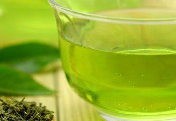 چای سبز خطرات رژیم غذایی غربی را می کاهد.
