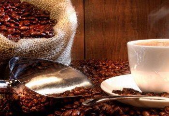 کدامیک را برای سلامت قلبی خود بنوشیم ؛ چای یا قهوه ؟