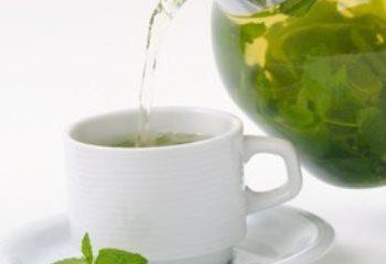 اثرات مفید چای سبز در کنترل وزن