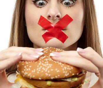 کاهش وزن با حذف وعدههای غذایی: آری یا خیر؟