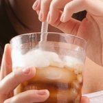 چگونه مصرف نوشیدنیهای شیرین را کاهش دهیم؟