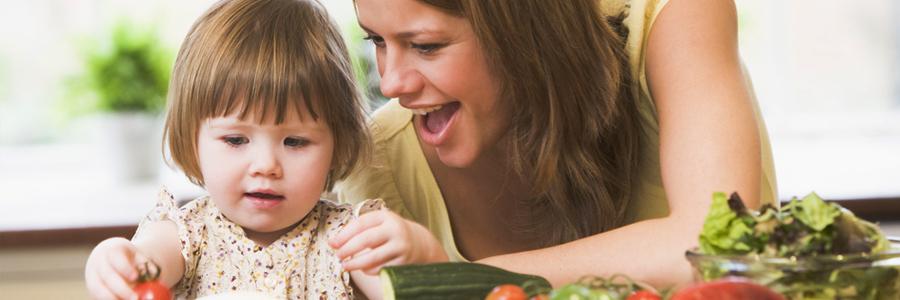 نقش والدین در تغذیه مناسب کودکان