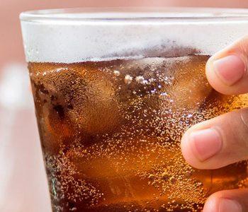 نوشیدنیهای گازدار بر قدرت باروری زنان و مردان موثرند.