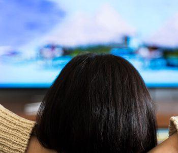 ارتباط تماشای تلویزیون با خطر ابتلا به سرطان روده بزرگ