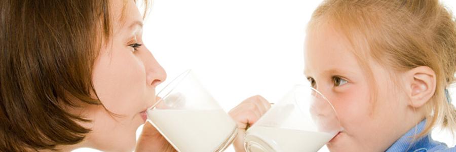 شیر از ابتلای کودکان به سندرم متابولیک پیشگیری میکند