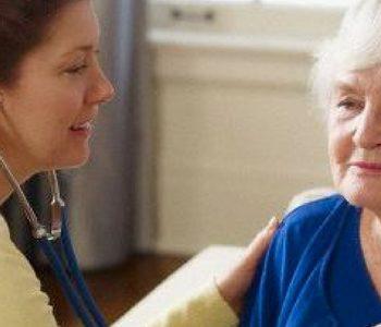 ورزش از بروز بیماریهای مزمن در سالمندان پیشگیری میکند.