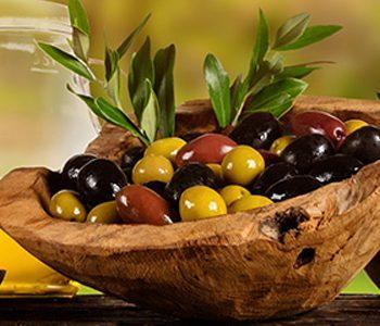 روغن زیتون فرابکر به افزایش طول عمر سالمندان کمک میکند.