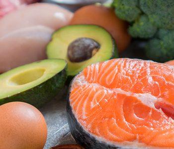 چرا رژیم بسیار کم کربوهیدرات برای کاهش وزن توصیه نمیشود؟