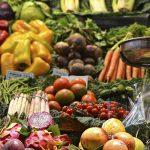 آنتوسیانین در میوهها و سبزیجات ضد بیماری قلبی عمل میکند.