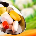 فواید و مضرات مکملهای گیاهی- مصرف برخی مکملها خطرناک است.