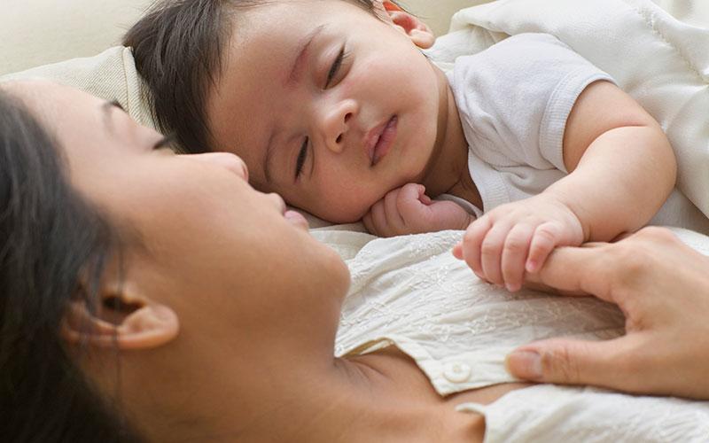 فواید شیردهی در کاهش استرس شیرخواران
