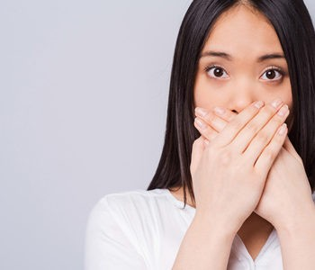 بوی بد دهان و درمان آن