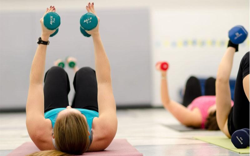 آیا ورزش کردن قبل از خواب کیفیت خواب را کاهش می دهد؟