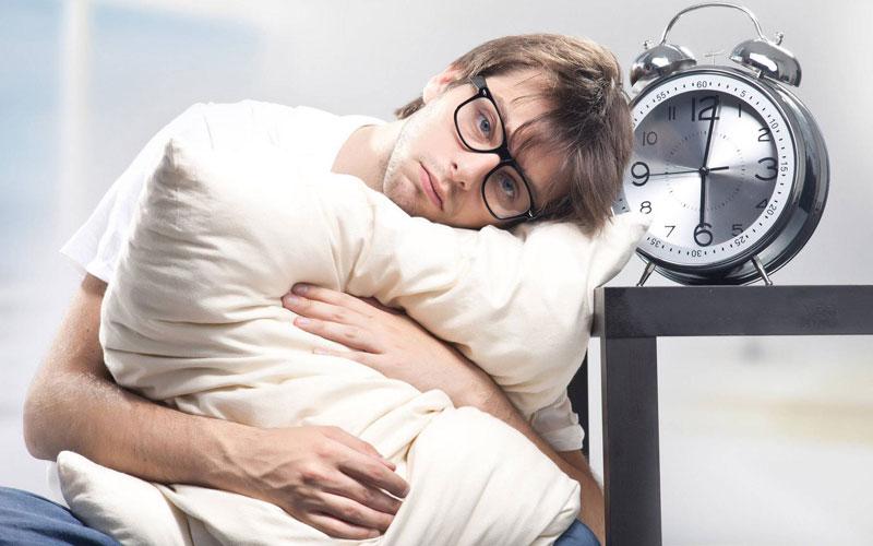 تاثیر کافئین بر بیخوابی
